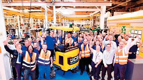 Las primeras 50 miniexcavadoras eléctricas de JCB